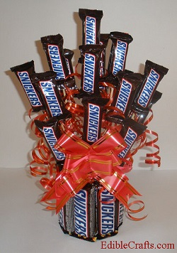 homemade-birthday-gift-snickers-bouquet.