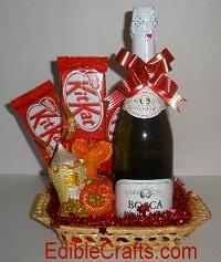 Cute handmade christmas gifts and christmas party food ideas easy homemade christmas gifts food basket solutioingenieria Choice Image